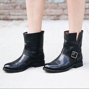 NWOT [Frye] Natalie Short Engineer Boot - 7